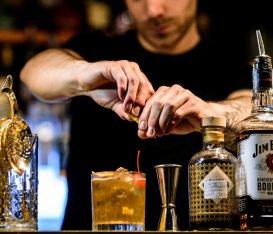Sestante Wine Bar: cocktail, cicchetti e degustazioni imperdibili