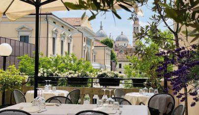 7 locali di Padova per mangiare sotto le stelle sì, ma in piazza