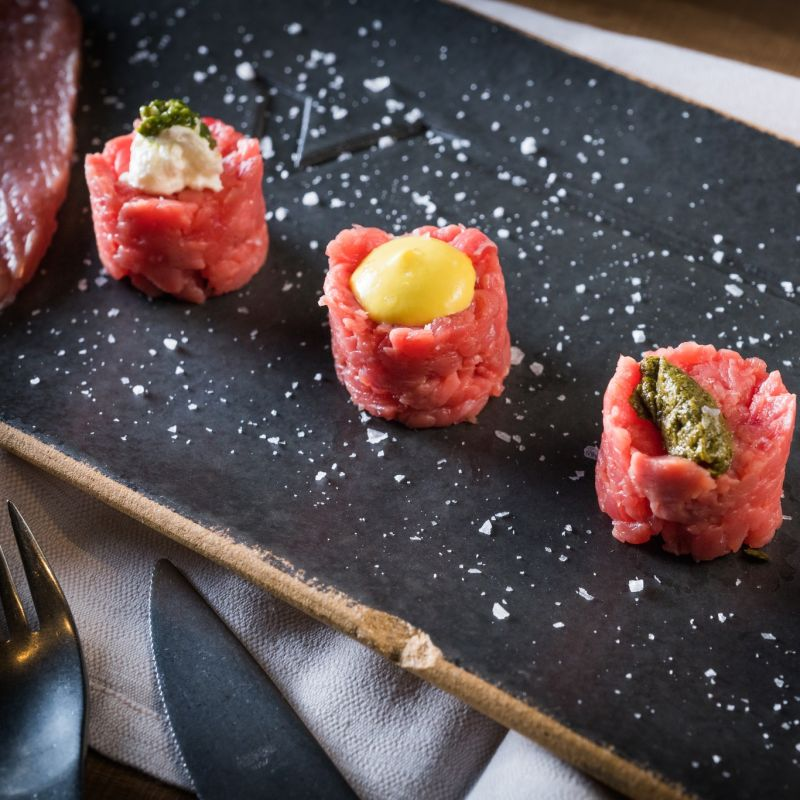 Le migliori tartare di carne da ordinare nei ristoranti di Milano