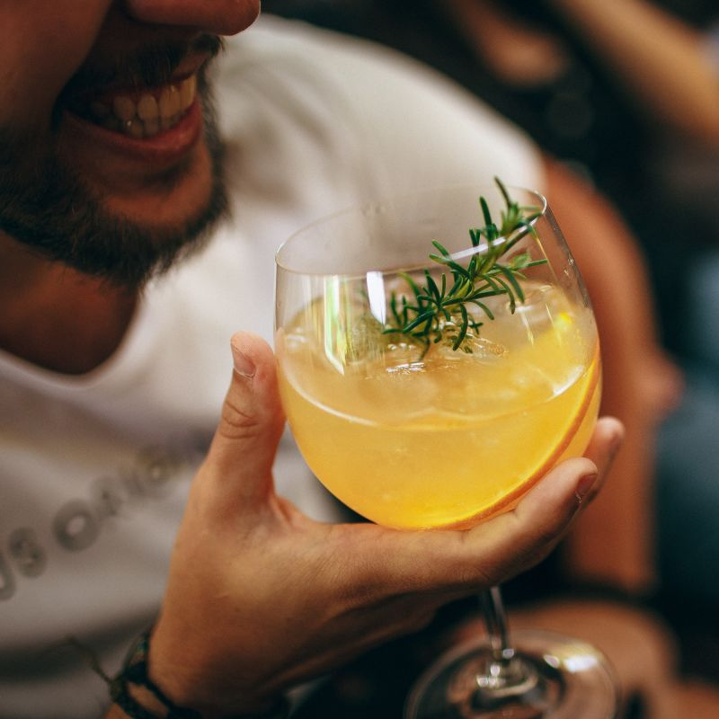Cocktail per pantofolai: i delivery e take away alcolici più interessanti di Padova