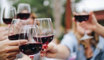 Nell'anno del Covid gli italiani riscoprono i vini autoctoni. La top ten