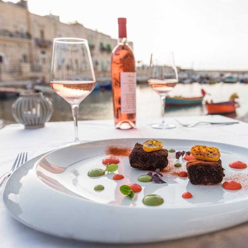 Giovinazzo in love, i ristoranti più romantici della città