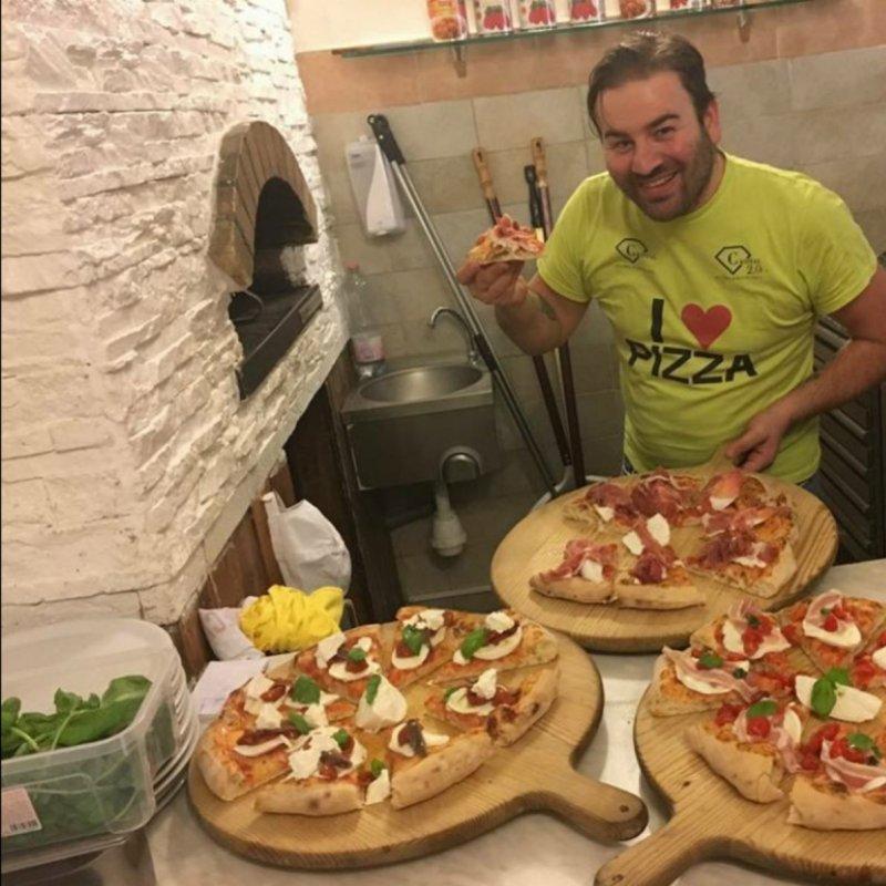 Per te la pizza vera è solo la napoletana? Scopri dove mangiarla a Brescia e dintorni