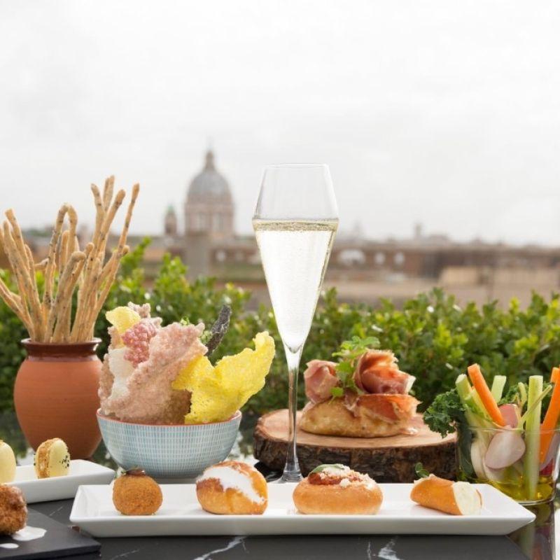 E' la sera dei miracoli, gli aperitivi in terrazza della nuova estate romana
