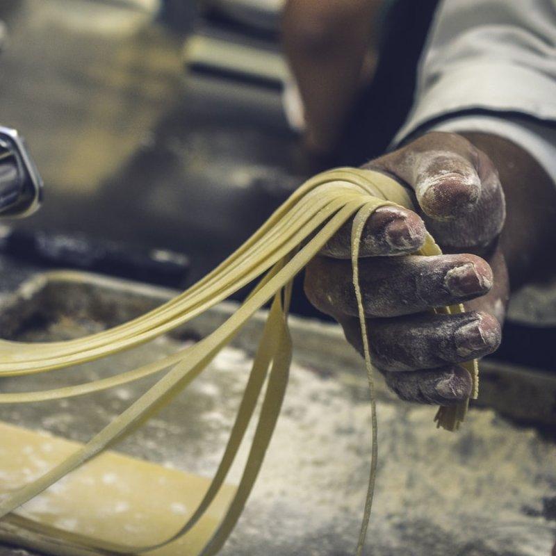 Pranzo veloce ma all'italiana. Pasta fresca take away in giro per Firenze