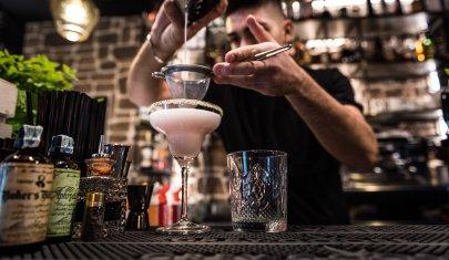 Ogni stagione è buona per farsi un drink: 8 cocktail bar tra Barletta, Andria e Trani