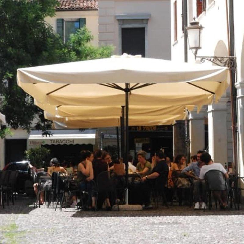 Riparte l'aperitivo a Padova. Il momento più atteso da vivere con responsabilità