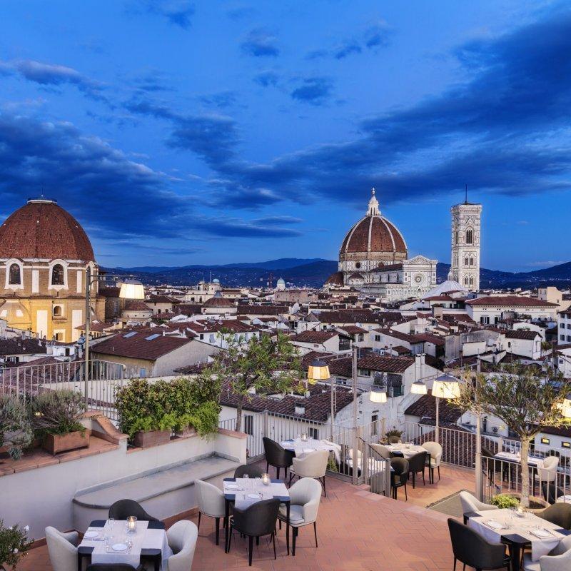 Vista panoramica e proposte su misura: la formula B-Roof per cene, eventi e aperitivi trendy a Firenze