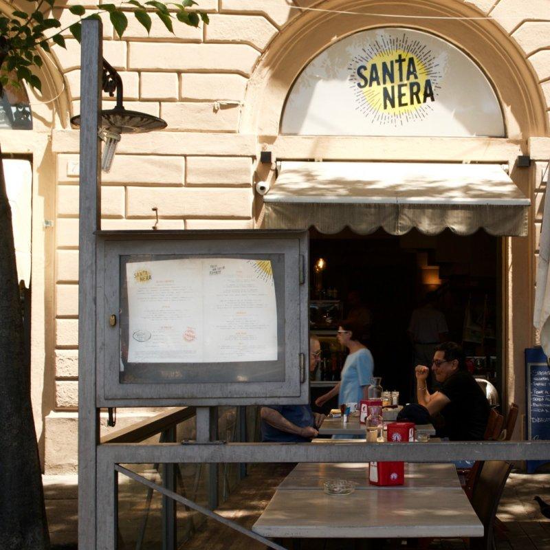 Santanera, un angolo latino in Piazza delle Cure