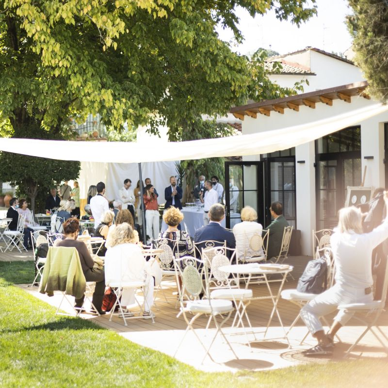 A Firenze ha aperto un nuovo ristorante con scuola di cucina: una garden kitchen firmata Enrica Della Martira
