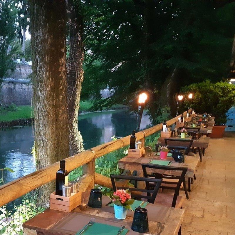 Pizza di una notte di mezza estate: 8 pizzerie tra Treviso e la Marca per mangiare sotto le stelle
