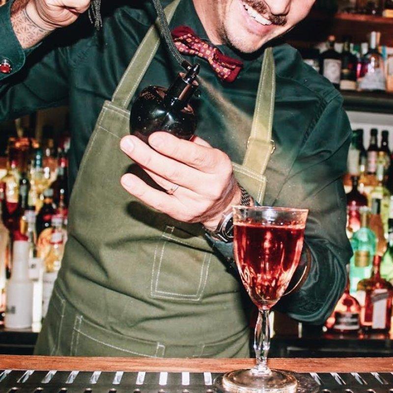 Chi se ne frega dell'oroscopo. Meglio conoscere le tendenze drink 2020 di Padova