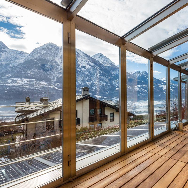 """Il contest di Airbnb che premia gli innamorati """"novelli"""" per San Valentino 2021"""