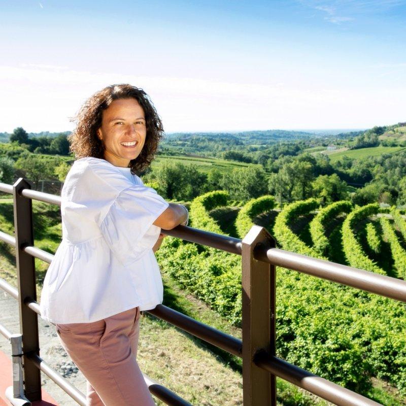 Marika, anima dell'Althea, panoramico agriturismo al 'Confin'