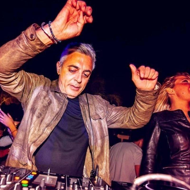 Il mestiere del dj è anticipare quello che verrà: intervista a Maurizio Macrì