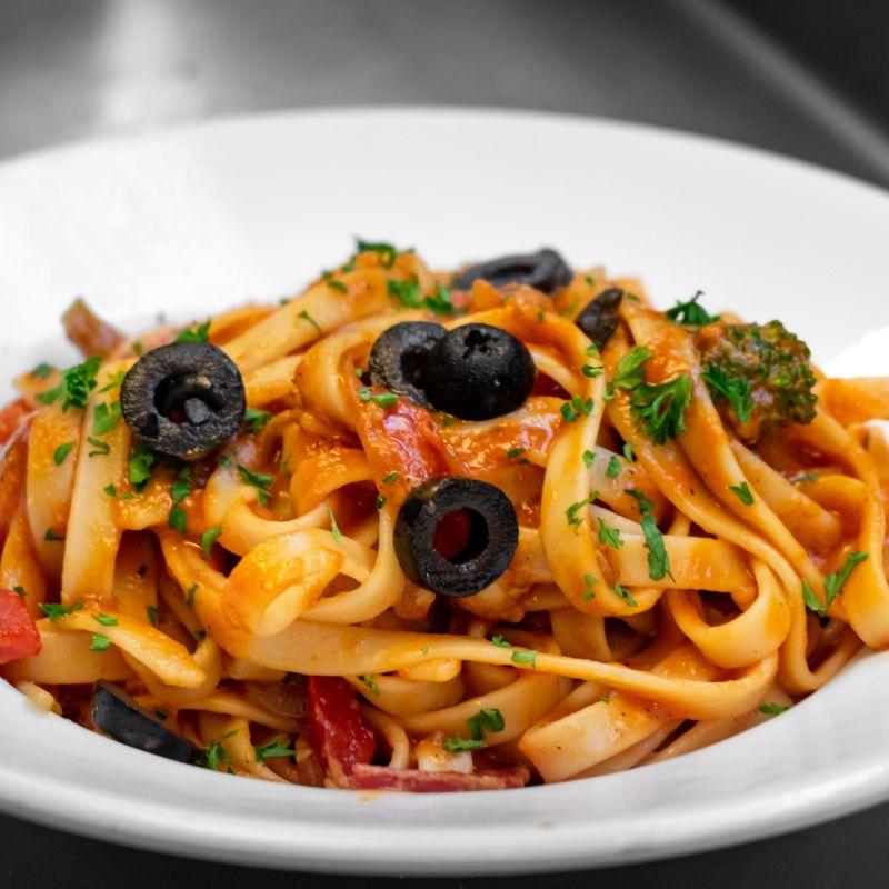 La Dieta Mediterranea da salvare: scatta il bonus di filiera per menu 100% Made in Italy