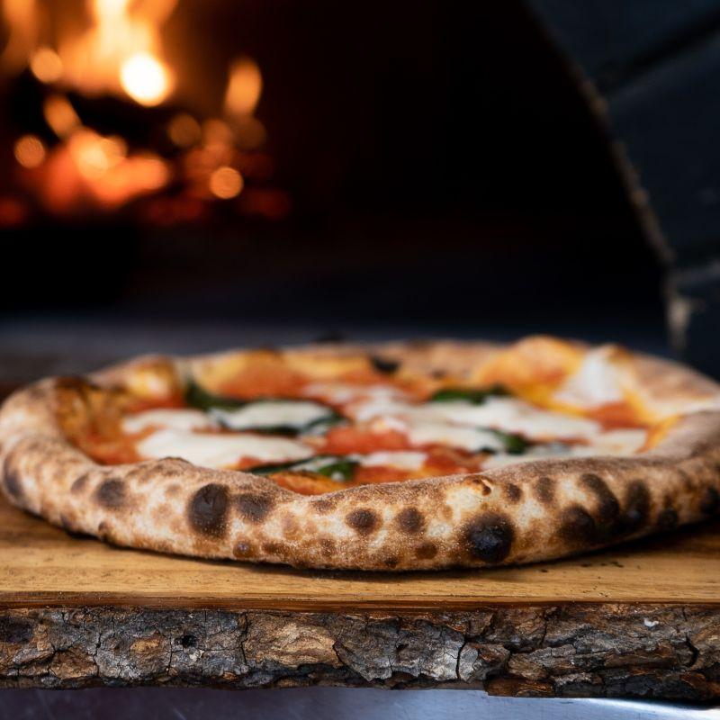 L'essenza della felicità a Bari: mappa del pizza delivery