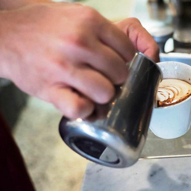 Coccole di caffè nelle caffetterie più belle di Verona