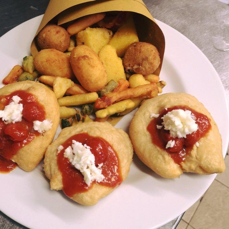 Fritta è buona anche tua suocera. Ma le pizze napoletane di Mestre e dintorni lo sono di più: eccole.