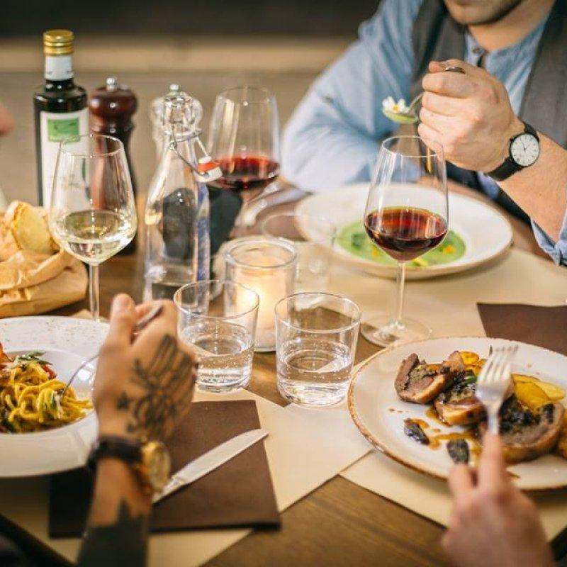 5 locali di Vicenza che trasformano il temuto business lunch in una figata