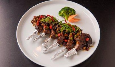 Perché andare a mangiare etnico in piazza Ferrucci: 3 locali che non deludono le aspettative