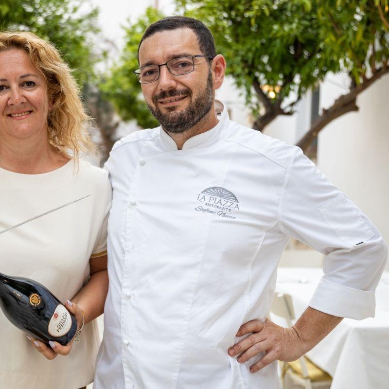 20 anni e non sentirli: nel loro ristorante di Poggiardo, Stefano e Klejda festeggiano un importante anniversario