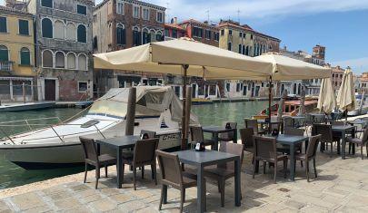 Spritz e cicchetti in Fase 2: come e dove andar per bacari a Venezia