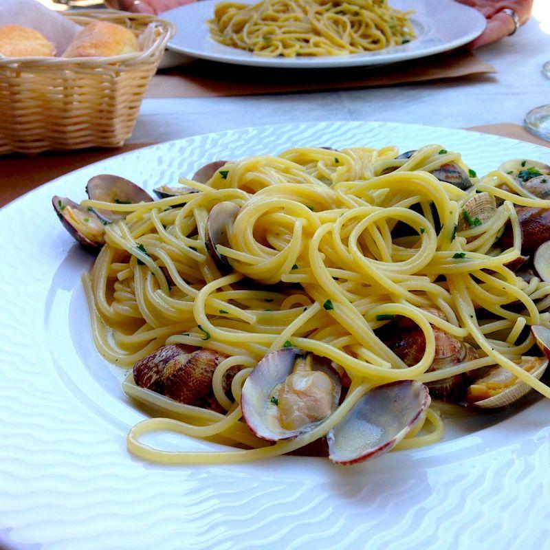 Il piacere non è solo tra le lenzuola. 10 locali in Riviera del Brenta dove mangiare all'aperto