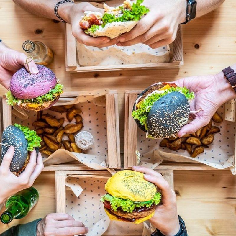 I 15 hamburger di Milano da provare quartiere per quartiere