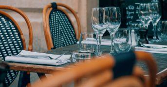 """La speranza """"gialla"""" dei ristoratori che potrebbero aprire a pranzo da domenica"""