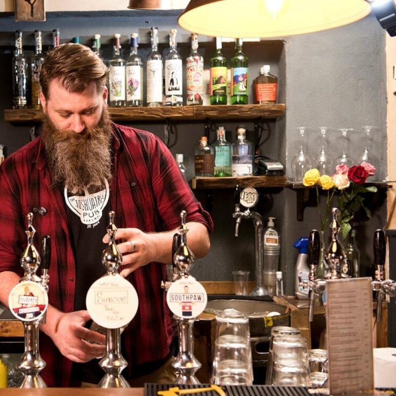 Il diritto fondamentale alla serata al pub con gli amici: gli indirizzi di Firenze da conoscere