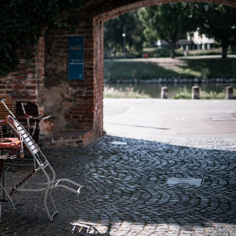 Dove restano aperti i ristoranti in Italia: le nuove zone arancioni
