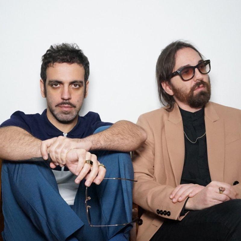 Colapesce & Dimartino vincono il Premio EarOne per il brano più trasmesso in radio