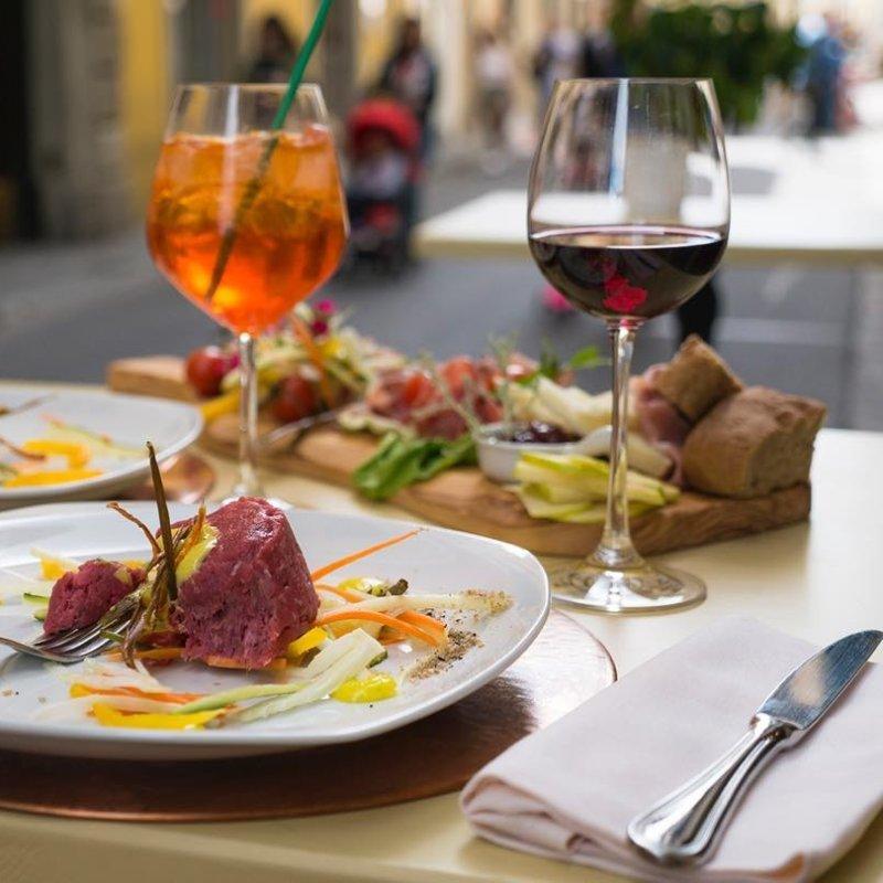 Vita di quartiere - edizione Borgo La Croce. 8 ristoranti da veri local