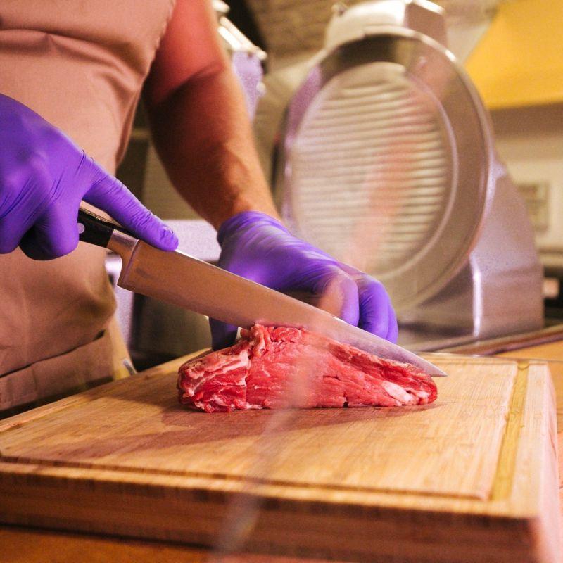 In Puglia ci facciamo sempre riconoscere, facciamo anche il sushi con la carne