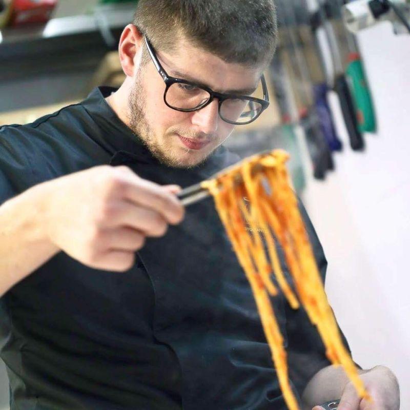 Raviolo di ricotta e spinaci con tuorlo fondente - Lilith Ristorante, Laboratorio in Masseria