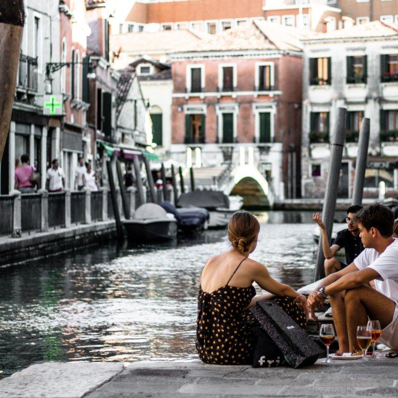 Dopo l'Acqua Granda, il Coronavirus, Venezia non molla e riparte con un aperitivo