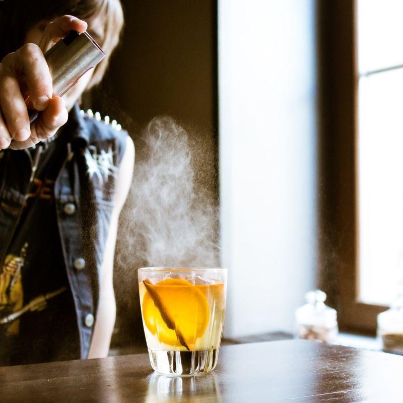 10+1 cocktail da provare a Firenze: i drink più celebri preparati con un tocco d'artista