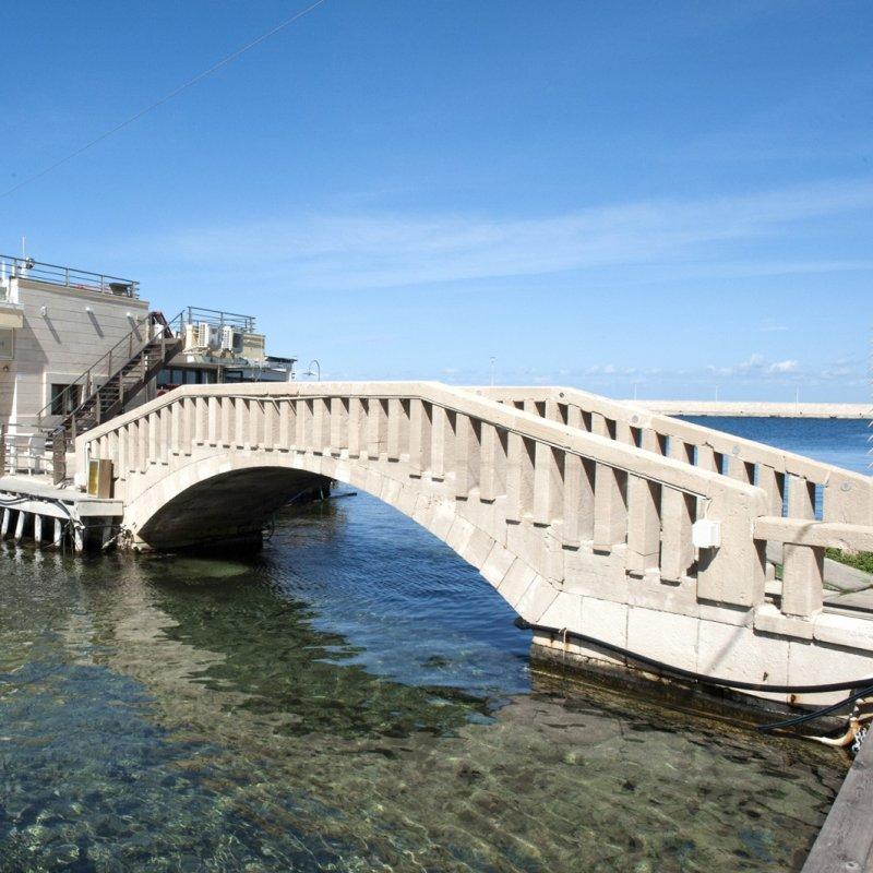 L'irresistibile bellezza di Marechiaro: tutta la freschezza della cucina marinara in un posto da favola