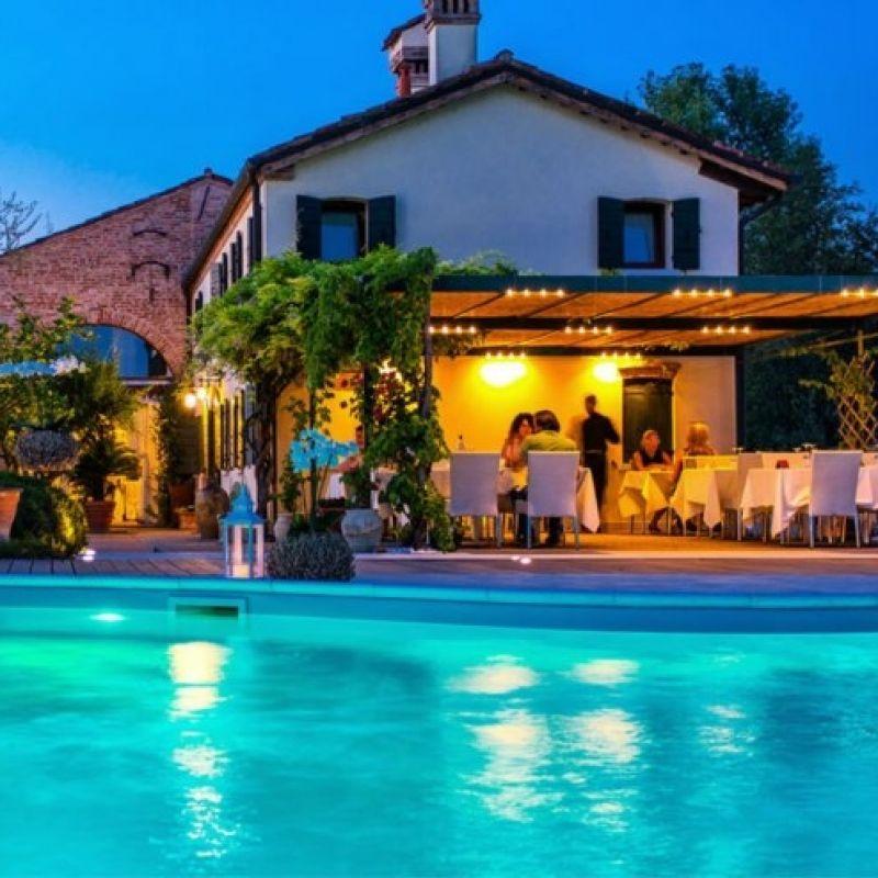 5 ristoranti in Riviera del Brenta dove mangiare all'aperto per sconfiggere l'afa a colpi di vino e gourmandise