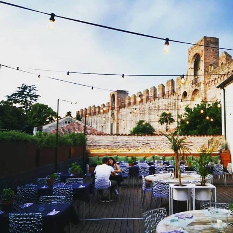 Ritorno al Medioevo: 5 ristoranti di charme che trasudano storia in Veneto
