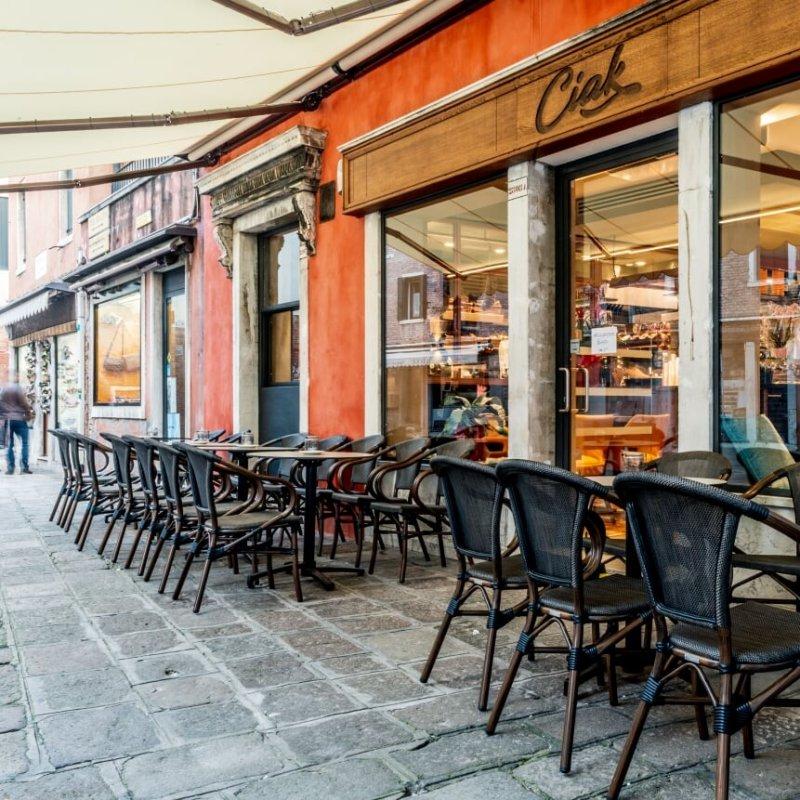Ma facciamocela bene questa pausa! Il pranzo veneziano all'aria aperta senza spendere una follia
