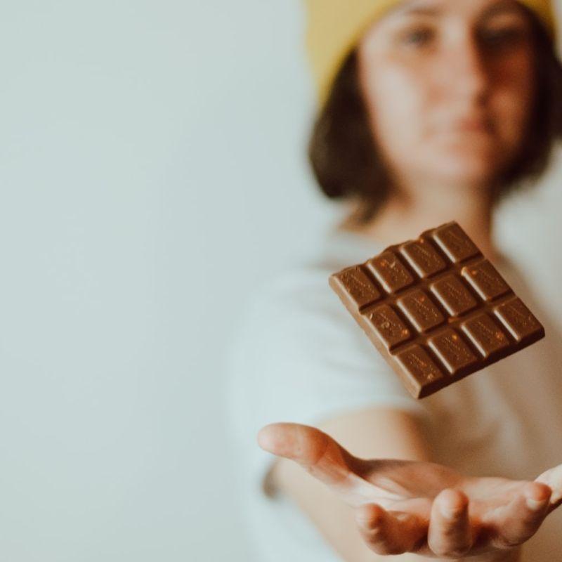 Quest' anno alla Pigiama Walk&Run di Milano si mangia una barretta di cioccolato: adatta allo sport e premio Tavoletta d'Oro 2021
