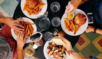 La felicità ha otto strati: dove mangiare un hamburger degno del suo nome a Venezia