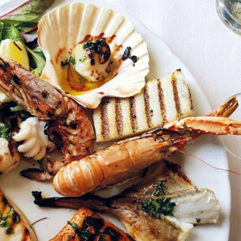 7 irresistibili grigliate di pesce da provare quest'estate in Veneto