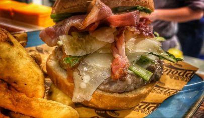 A Este c'è una hamburgeria con cucina che non scorda la tradizione