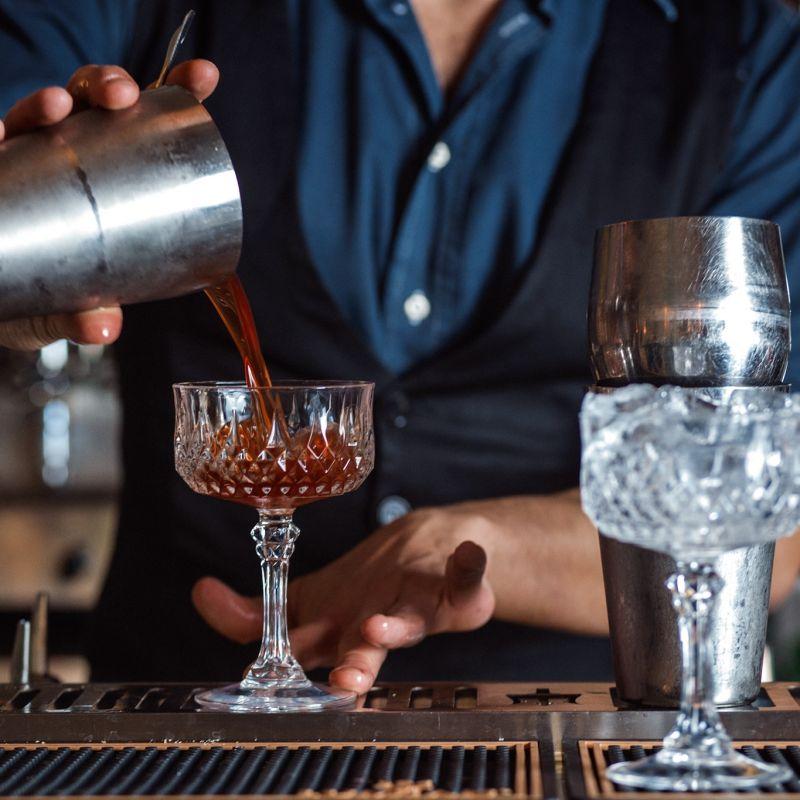 A Roma c'è un famoso cocktail bar con una nuova drink list spettacolare