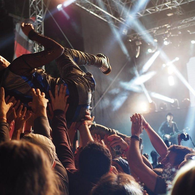 """""""Last night a 'band' saved my life"""": i locali per la musica dal vivo a Barletta, Andria e Trani"""