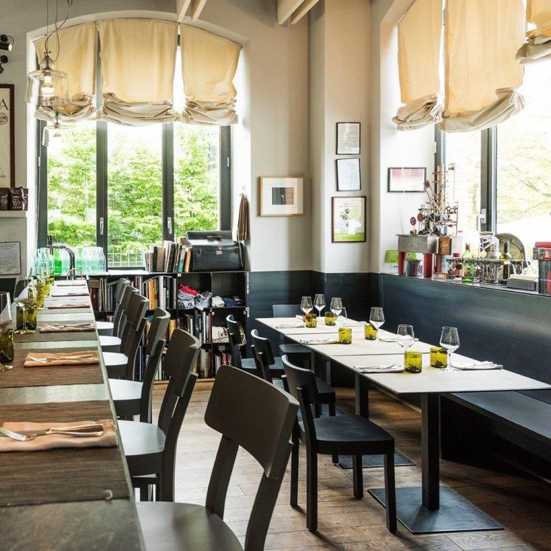 Il pranzo della domenica, un rito da consacrare: i locali di Milano da prenotare