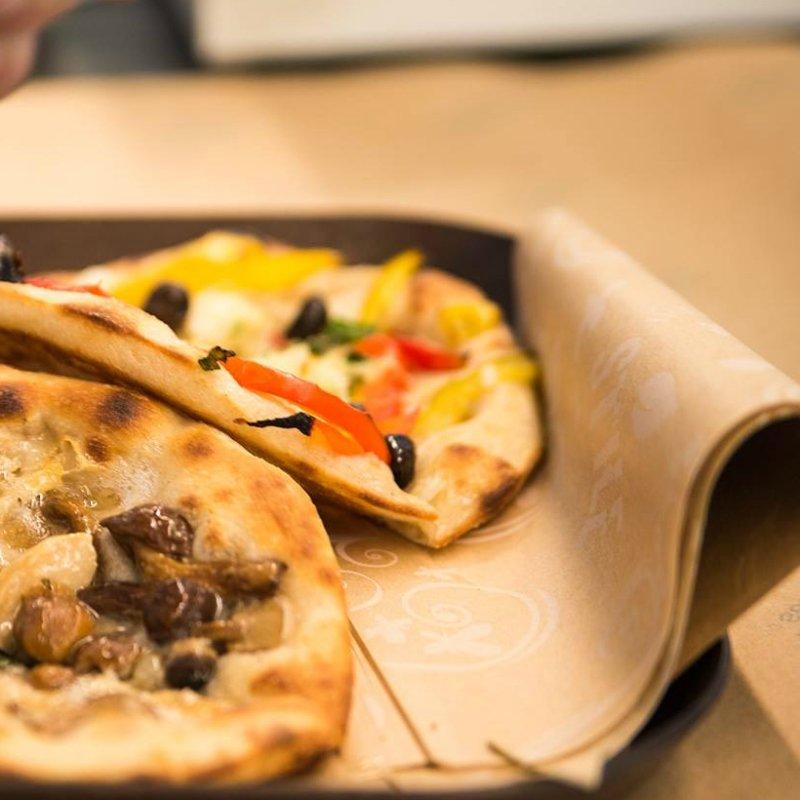 Per i più pigri: 12 posti dove trovare la pizza a domicilio a Pescara
